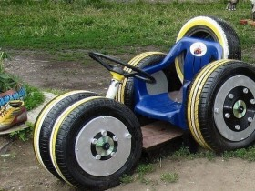 Play area for kids made out of car tires