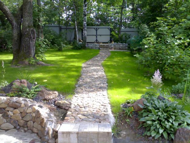 Садовые дорожки английского сада