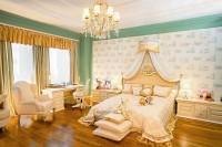 Спальня в античному стилі