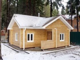 Современный дизайн деревянной бани