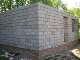 Кладка стін лазні з шлакоблоку