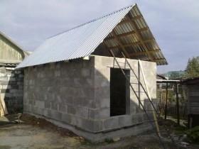 Створення даху лазні з шлакоблоку
