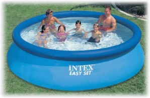 "Inflatable and frame pools ""Intex"" for a suburban area: advantage and the main varieties"