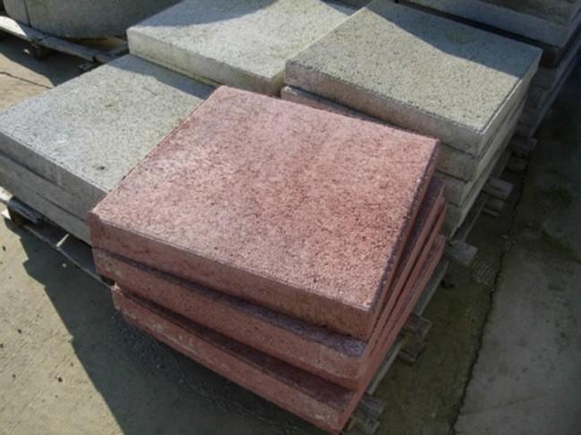 Готовые бетонные плиты