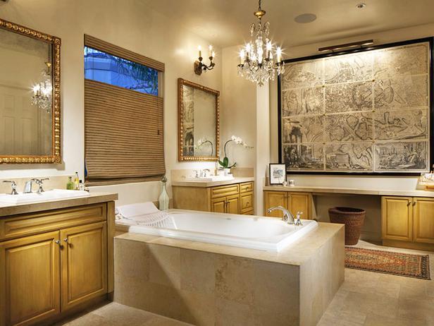Большая ванная комната роскошного