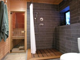 Large bathroom with a sauna