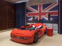 Кровать для мальчика в виде машины