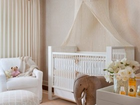 Accessories in the nursery for a newborn