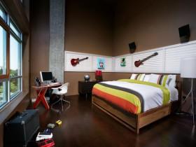 Музыкальные инструменты в интерьере комнаты для подростка