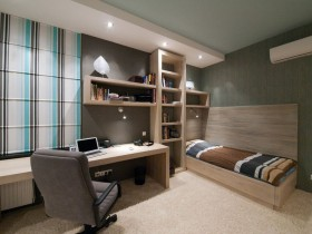 Children's room for the teenager in soothing colours