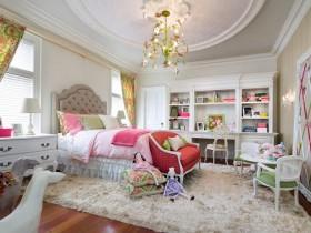 Роскошная детская комната для девочки