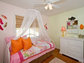Modern kids room for girl