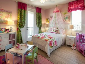 Beautiful furniture in the nursery for girls