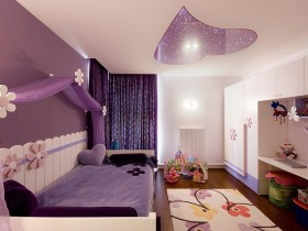 Children's room for girl in a romantic style
