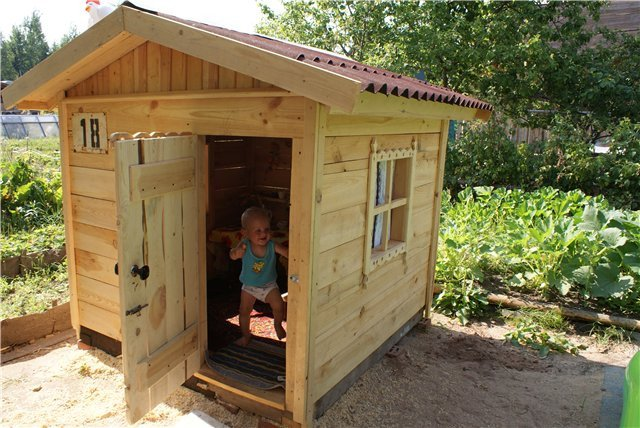 Сделать детский домик для дачи своими руками