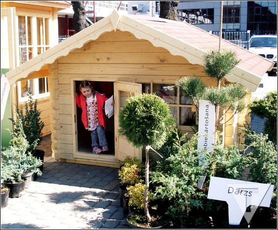 Прочный домик для детей