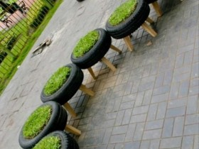 Flowerbed of tires