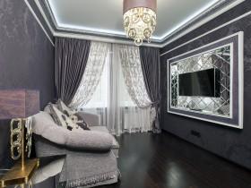 Темная комната со скрытым потолочным освещением