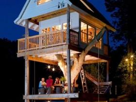Просторный домик на дереве