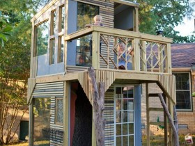 Two-storey children's Playhouse