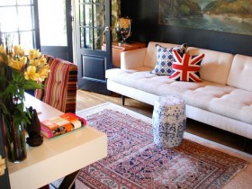 The idea of living room design in eclectic style