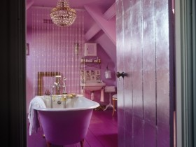 Bathroom in eclectic style