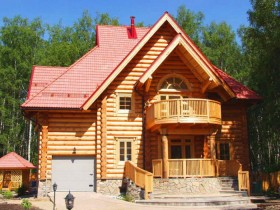 Two-storey house with log