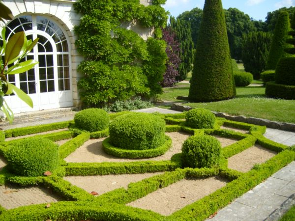 Регулярный садовый стиль