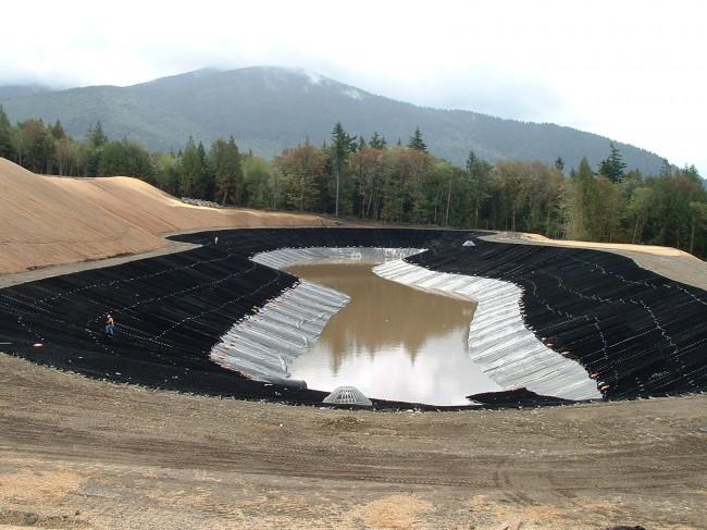Укрепление водоема георешеткой