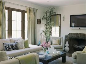 Красивая гостиная комната