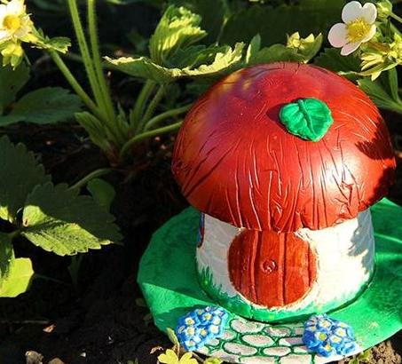 Садовая фигурка - гипсовый гриб