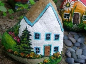 Decorative painting stones