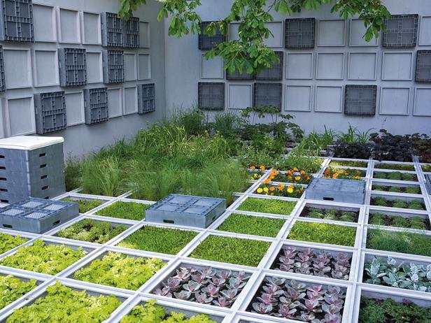 Дизайн сада своими руками из подручных материалов 16