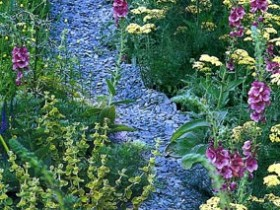 The simulated water decorative gravel