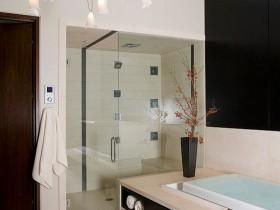 Высокотехнологичный интерьер ванной комнаты