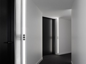 The design of the hallway in a minimalist style