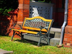 Garden furniture in Italian style