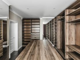 The interior closet in the apartment