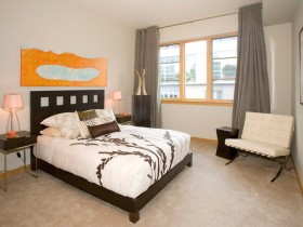 Bright modern bedroom with bright accents