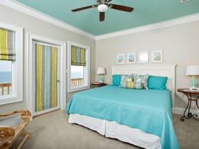 Bedroom turquoise color of Mediterranean style