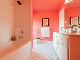 Large bathroom pink