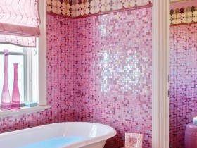 Crataeva bathroom pink