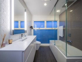 Large bathroom blue color