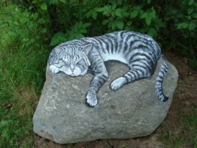 An example of a painted stone for garden