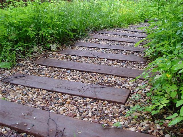 Садовые дорожки для деревенского сада