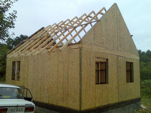 Завершаем строительство каркасно-щитовой бани