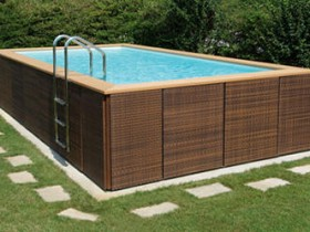 Interesting design of frame pool
