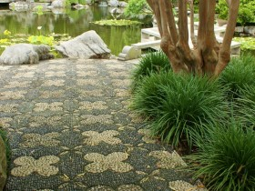 Garden path in Chinese style