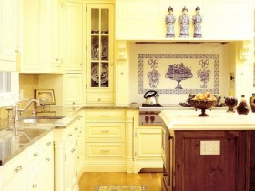 Kitchen with elements of Chinese interior