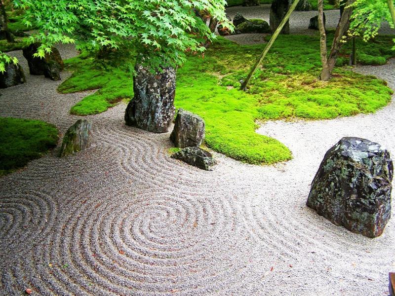 Камни, как символ бессмертия и мужского начала